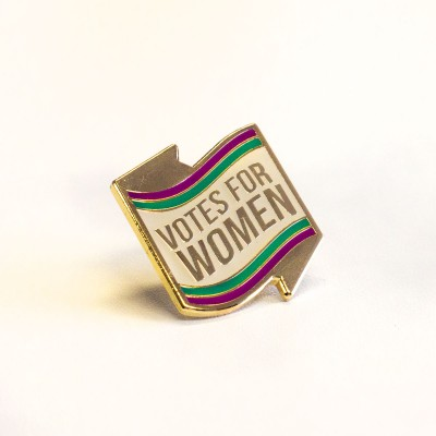 image of labour votes for women pin badge